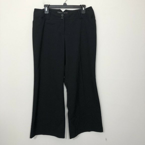 Lane Bryant Pants - Lane Bryant Red Triangle Size 1 Petite Black Pants